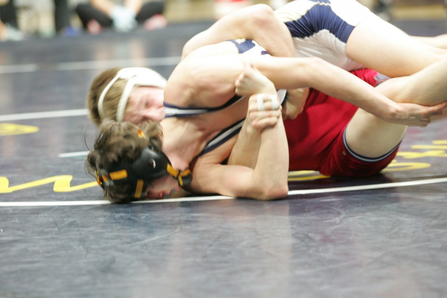 Mountain View's Paden Mason (Behind) and Desert Vista's Alex Carrillo will possibly meet in the Division I 120-pound second round rather finals after Carrillo was upset last week.