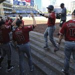 Goldschmidt, Buchholz Lead D-backs to Series Win